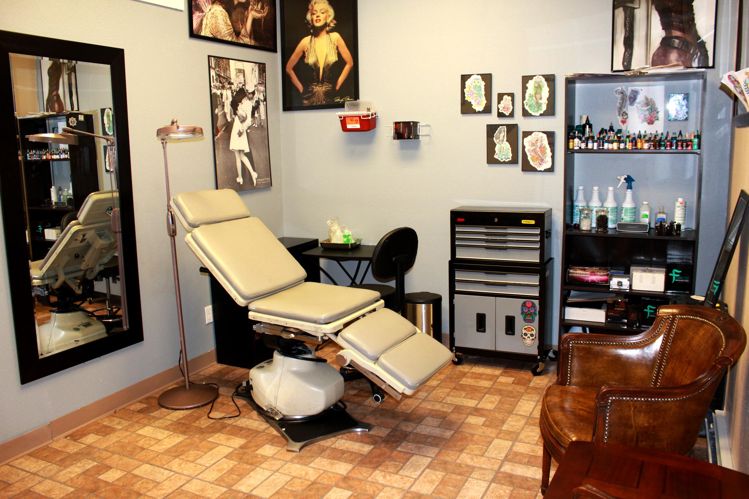 Autumn Home Decor Ideas Skinhouse Studio Longmont Tattoo Skinhouse Studio